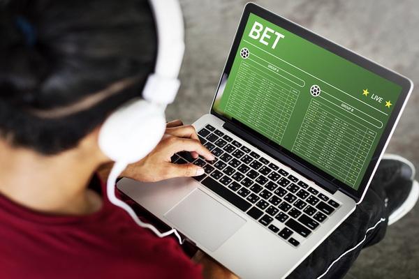 m8bet online